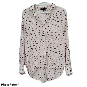 Velvet Heart White blouse with lips and hearts